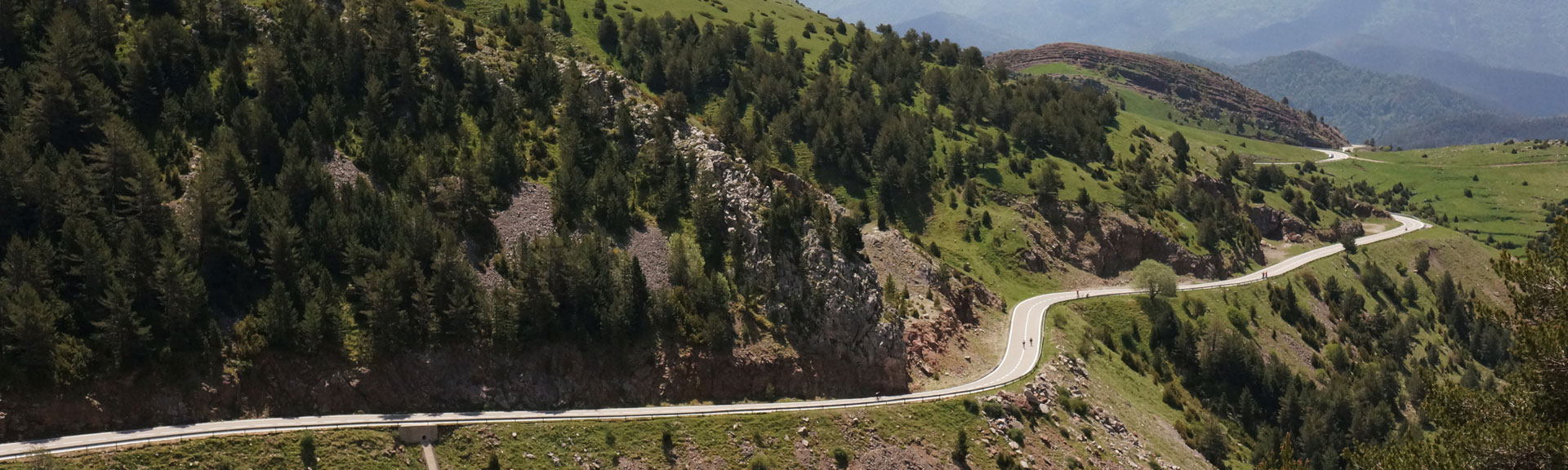 Bikecat Custom Cycling Tours - Best of Girona Tour - Pyrenees
